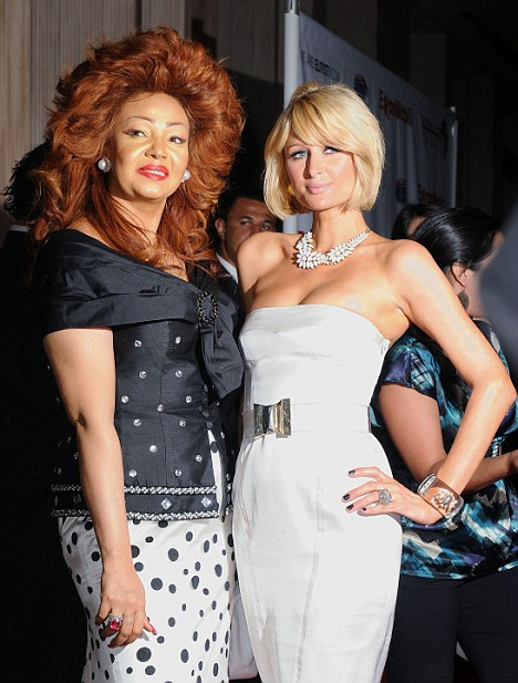 Chantal Biya et Paris Hilton