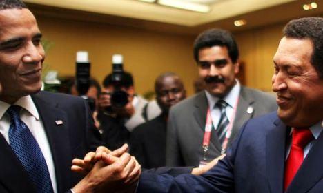L'incroyable poignée de main Obama-Chavez