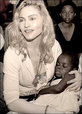 Madonna et Mercy endormie